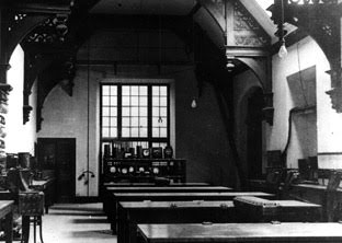 The Perse Hall as an electrical laboratory in 1910
