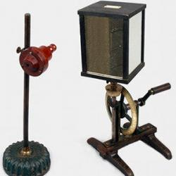 Flame manometer and rotating mirror