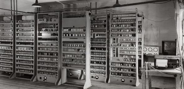 Electronic Delay Automatic Storage Calculator (EDSAC) in Cambridge